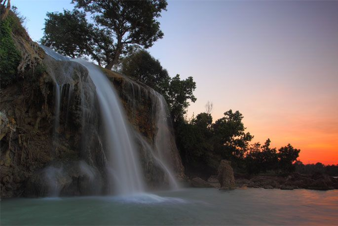 Sunset di Air Terjun Toroan