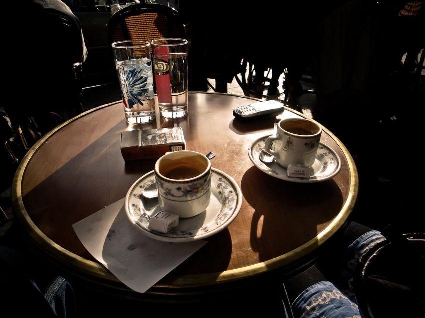 Beberapa gelas kopi yang menemani kami malam itu