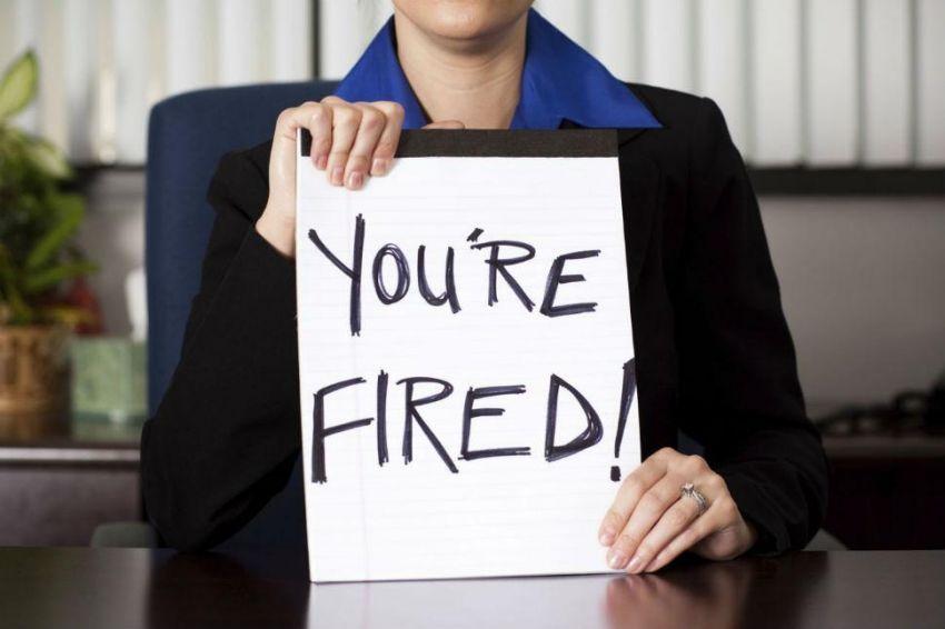 Dipecat dari kerjaanmu.