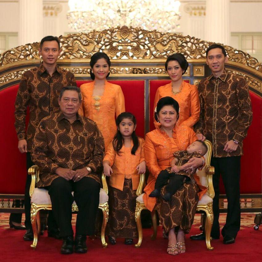 Di Indonesia, dukungan orang tua akan selalu kamu temukan