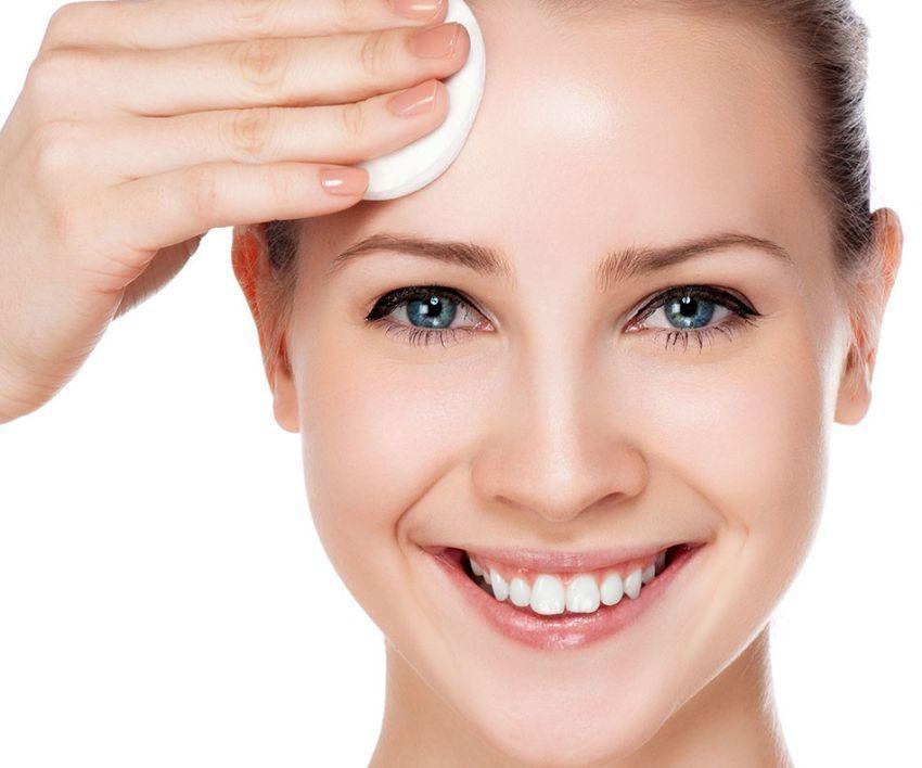 bersihkan wajah sebelum dandan