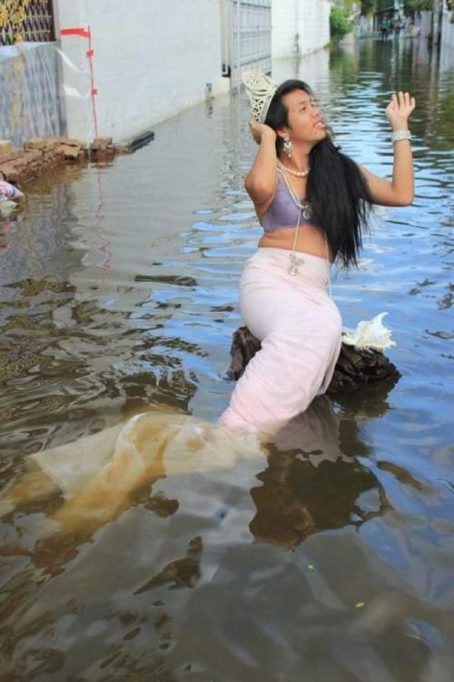funny-flood-photos-62