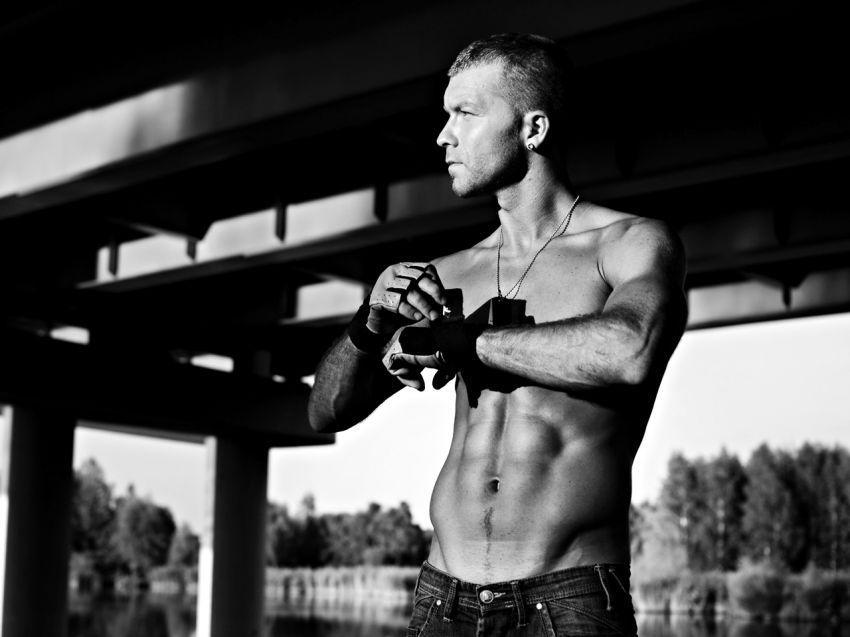 malemodel___gabriel___street_workout_passion_by_hubert_adamus-d6gvfp0
