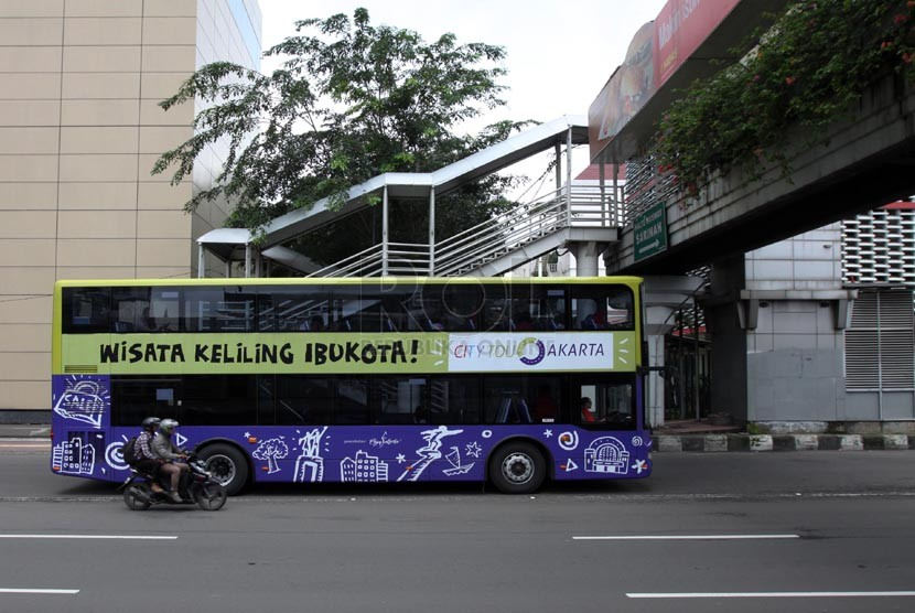 Bus tingkat city tour