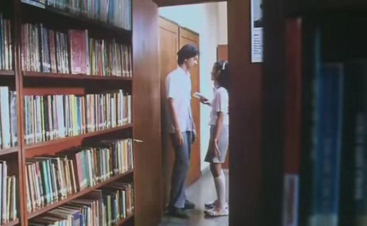 Cinta balikin kaset ke Rangga