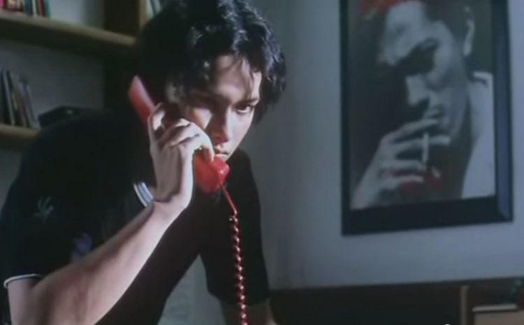 Cinta diam-diam menelepon Rangga
