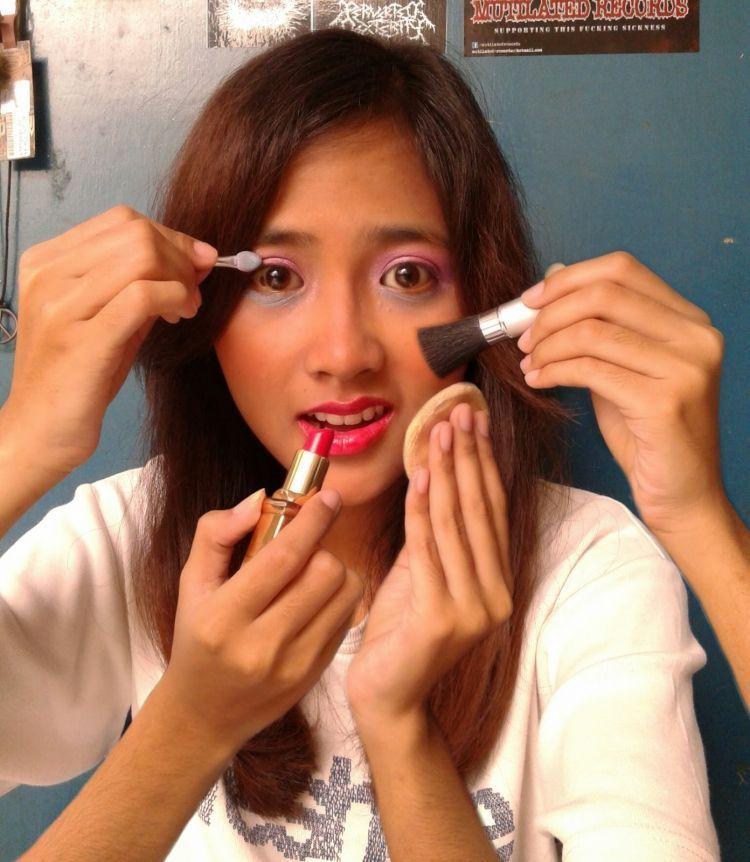 Makeup zaman SMA