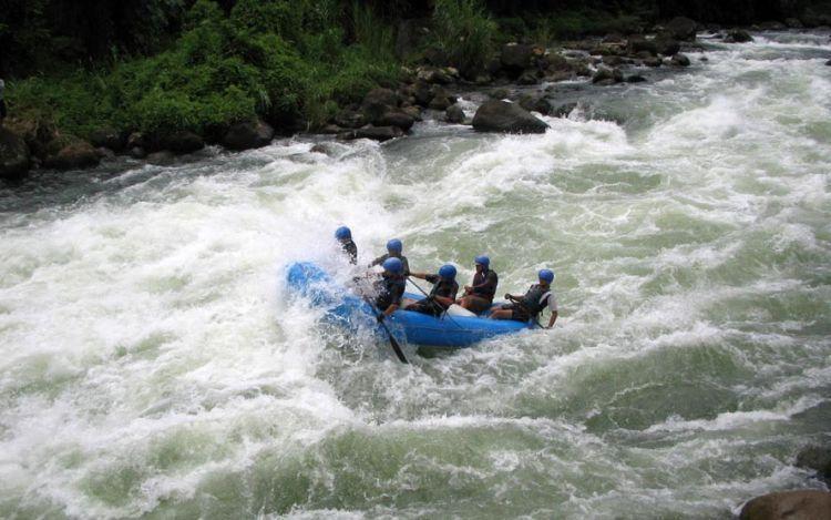 Jeram di Sungai Asahan