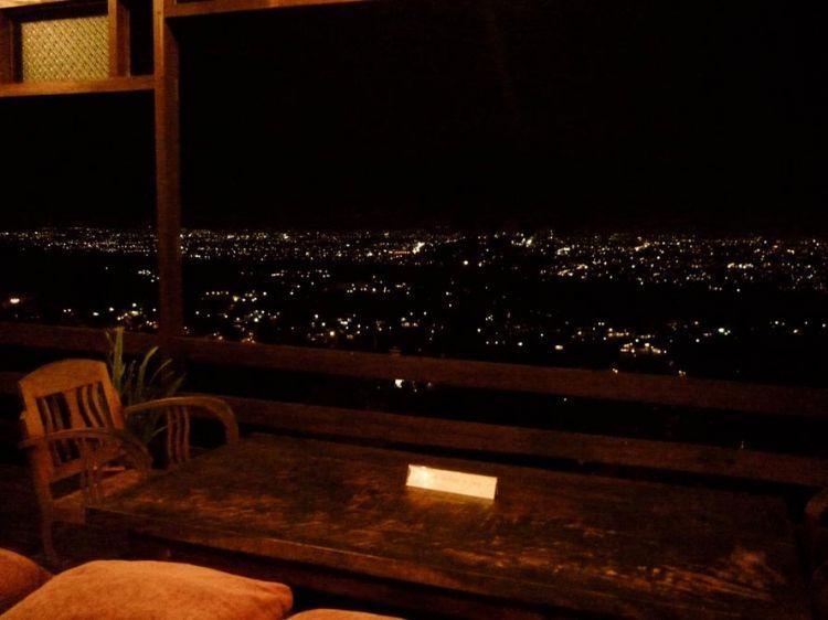 Pemandangan dari Lisung Cafe