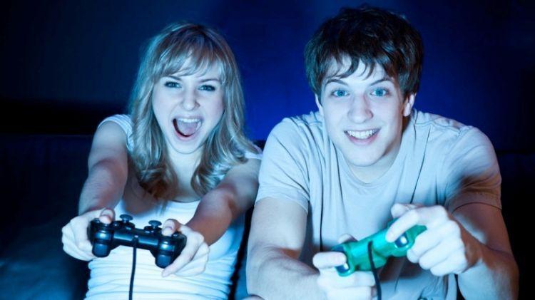 cowok gamer adalah idamanmu