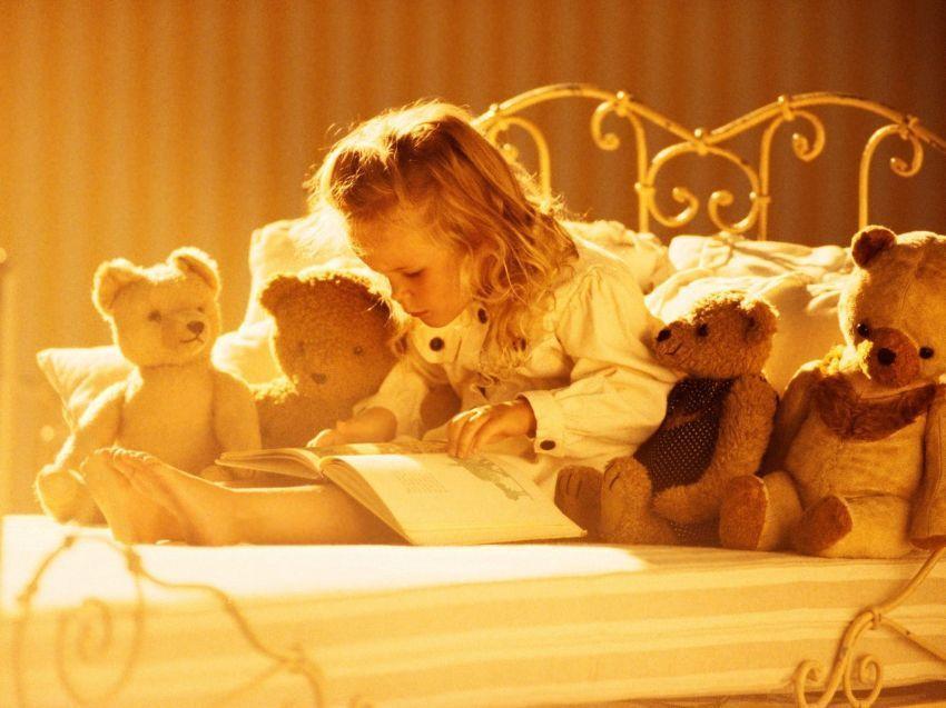 tale_girl_book_book_reading_teddy_bear_teddy_bear_toy_1600x1200