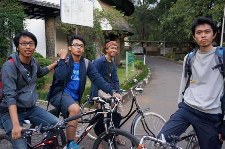 Irit BBM, naik sepeda