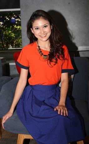 Marissa Anita (meskipun kuliahnya Pendidikan Bahasa, bukan Sastra, Inggris ;p)