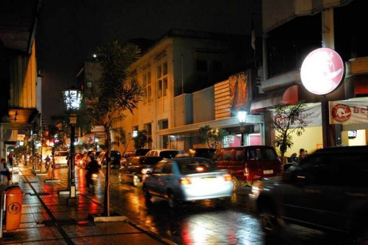Braga sehabis hujan