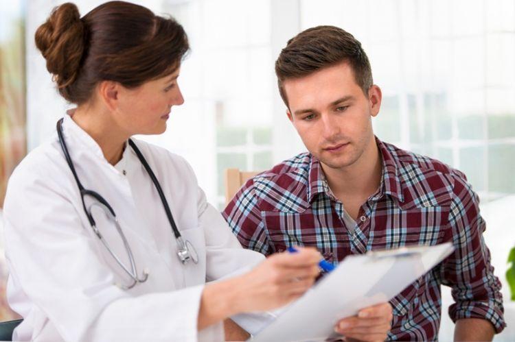 Asuransi menjamin kesehatanmu di masa depan