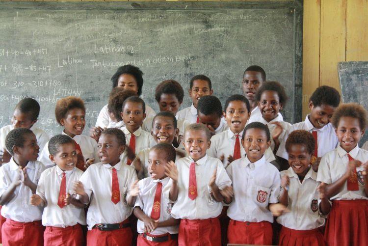 4-Sekolah-Dasar-di-Deiyai-Papua-Terancam-Ditutup
