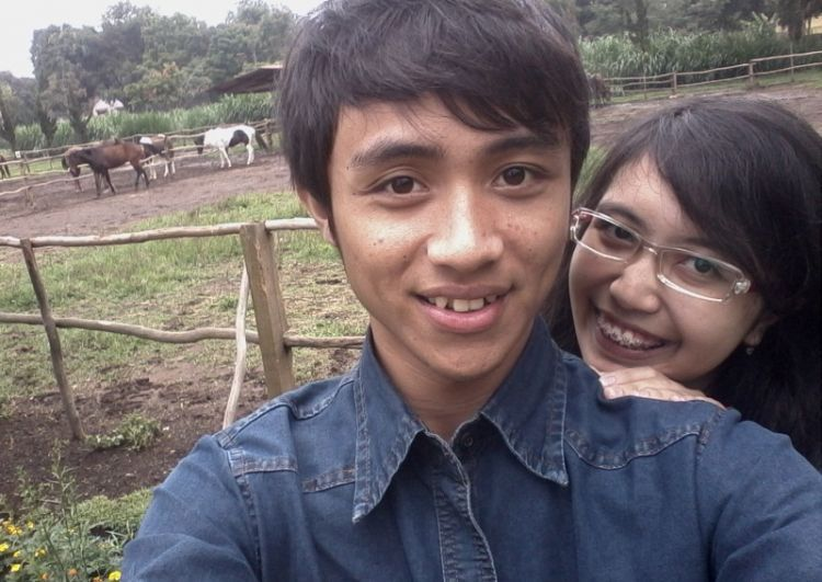 Ria, 20, Bandung