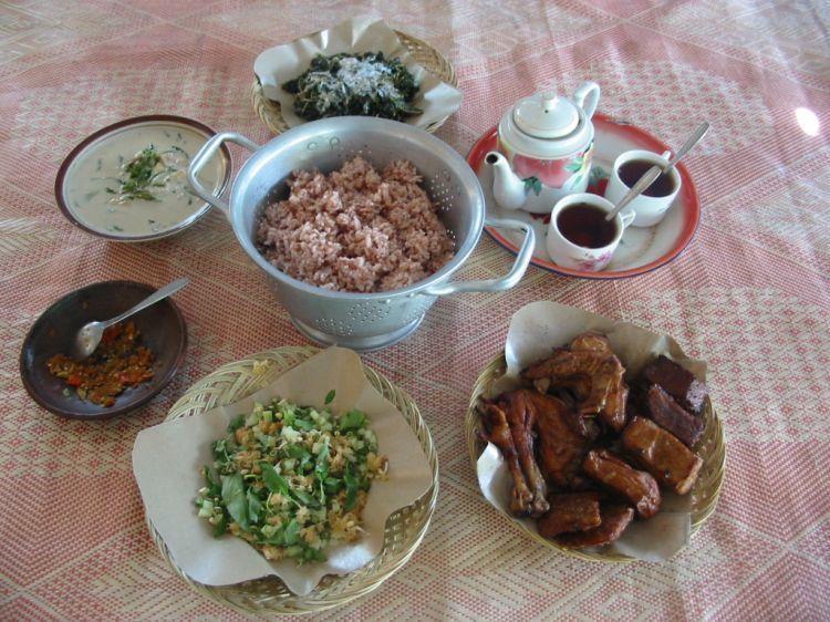 Nasi Merah sayur Lombok Ijo khas Gunung Kidul