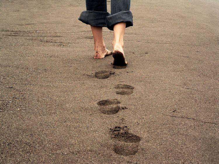 Kesalahan adalah bagian tak terpisahkan dari jalan hidup manusia