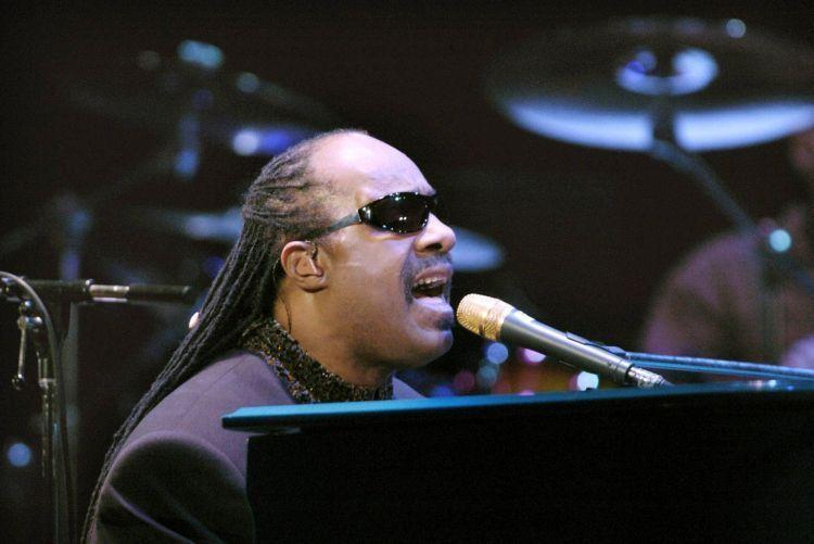 Penyanyi sehebat Stevie Wonder juga tidak sempurna