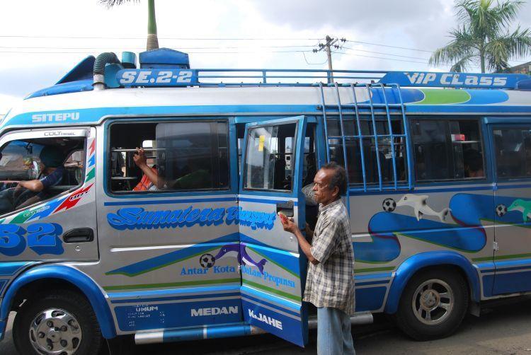 Kendaraan umum di Medan