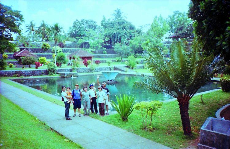 Wisata sejarah pun bisa di Narmada Lombok