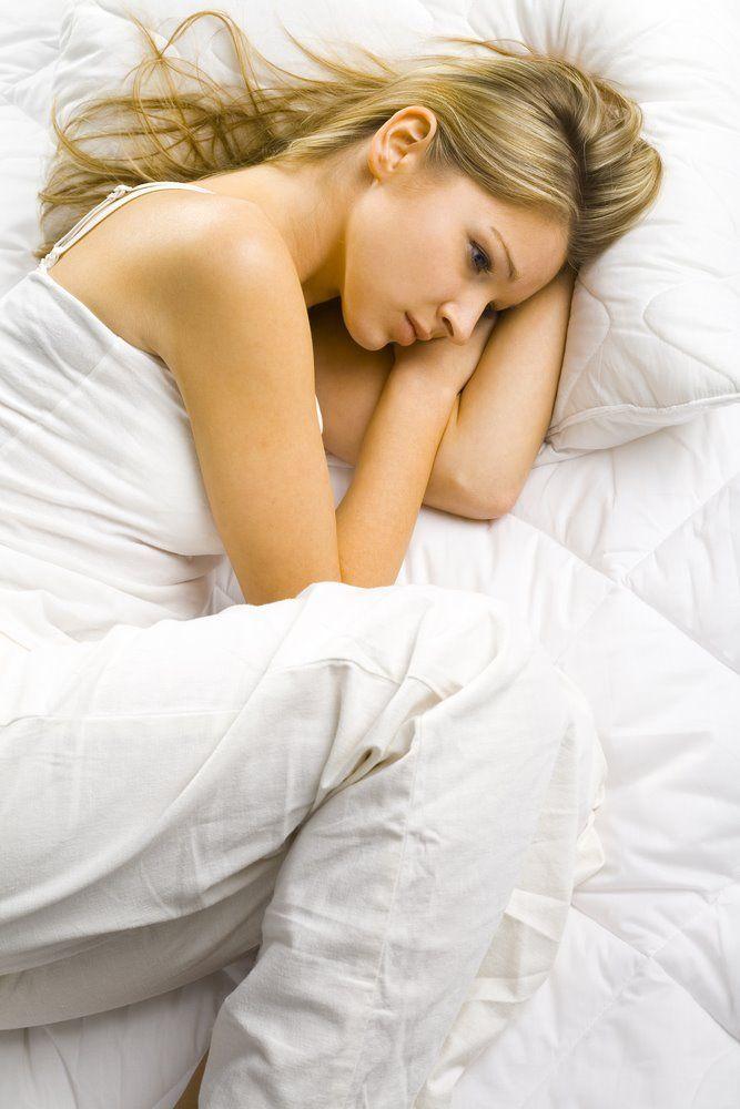 Tidur dengan posisi gaya bayi dikandungan