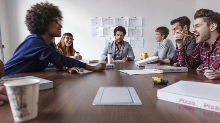 Tim kerja akan membantumu mencapai tujuan bisnismu