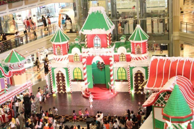 acara natal di mall besar
