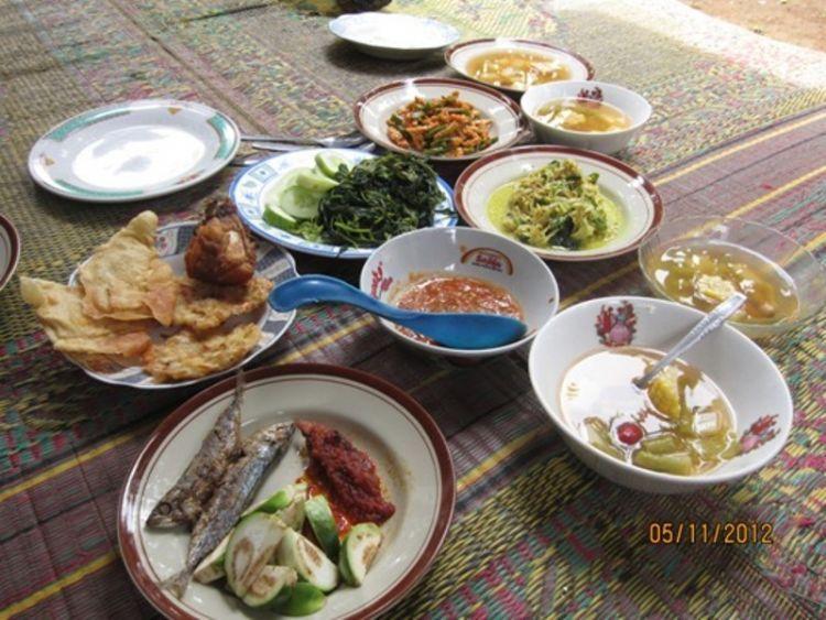 makan bareng keluarga