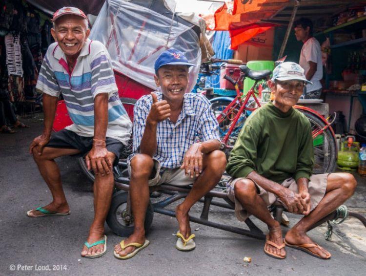 orang Indonesia itu murah senyum