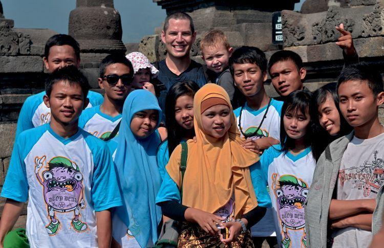 orang indonesia ramah