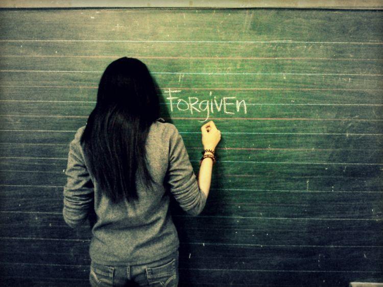 Penyesalan akan jauh lebih sulit dihadapi dibanding kekecewaan