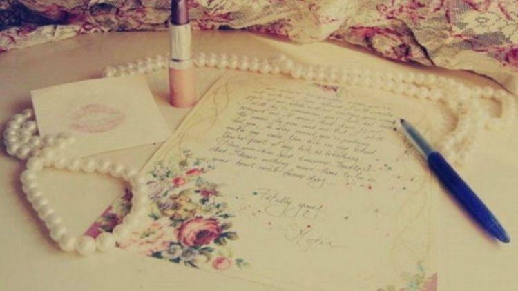 Tulislah Surat Untuk Pasangan Jarak Jauhmu Warkat Yang