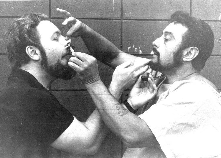 Saling bercukur