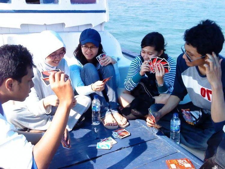 Ajak teman-temanmu bermain Uno (dok. pribadi)