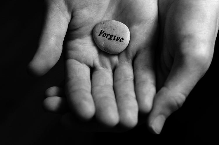 Memaafkan adalah senjata ampuh mengusir sakit