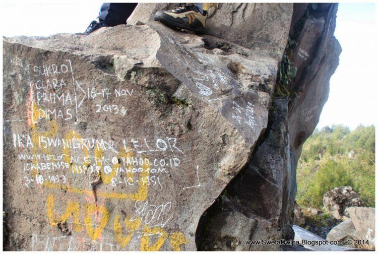 Coret-coret di Gunung Lawu