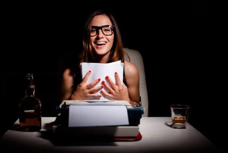 Tambah uang saku dengan jadi penulis