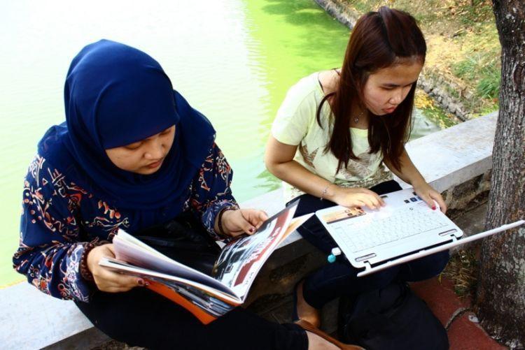 Dikejar deadline tugas kampus dan media