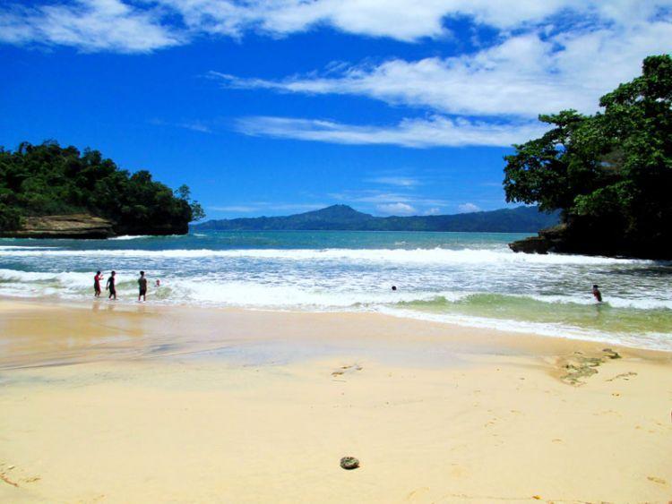 Pantai Coro