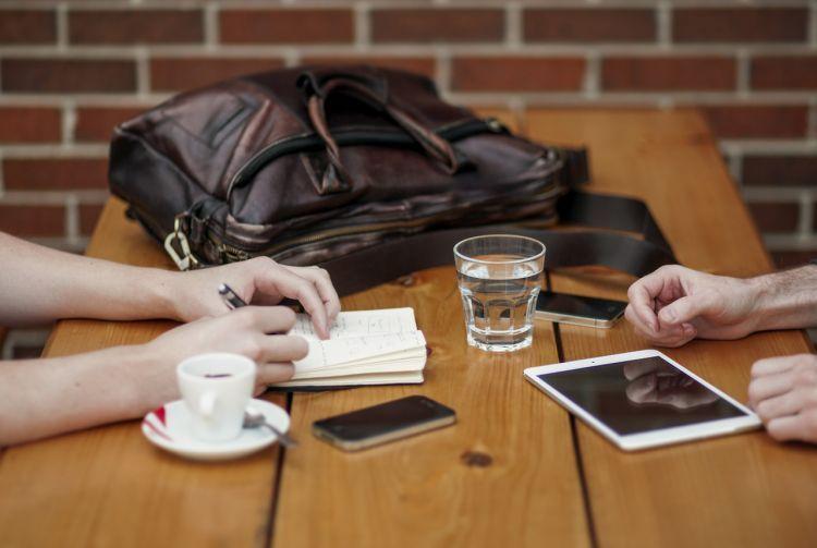 Komunikasikan dengan pasangan