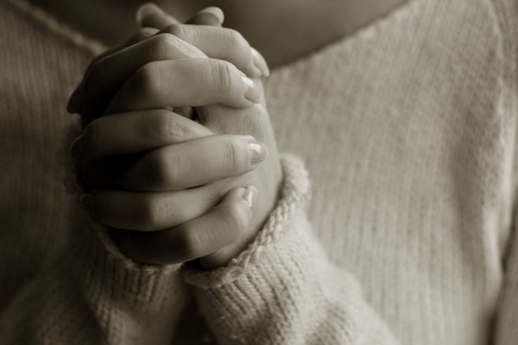 izinkan aku menyebut namamu dalam doa