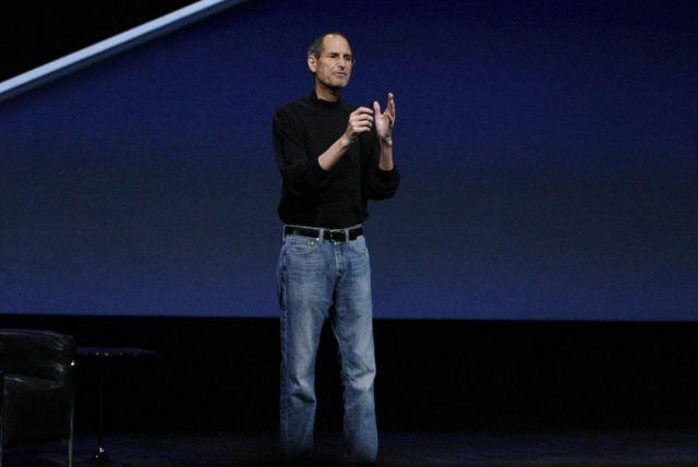 Steve Jobs uangnya banyak - tapi toh nggak gonta-ganti tas bermerek