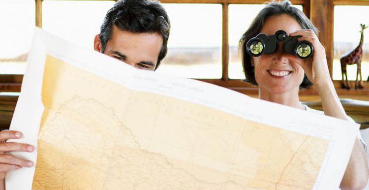 Pelajari topografi daerah tujuan