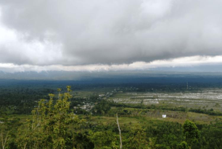 Pemandangan Gunung Sawur (dok. pribadi)