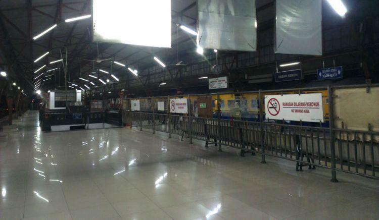 Lengangnya Stasiun Pasar Senen