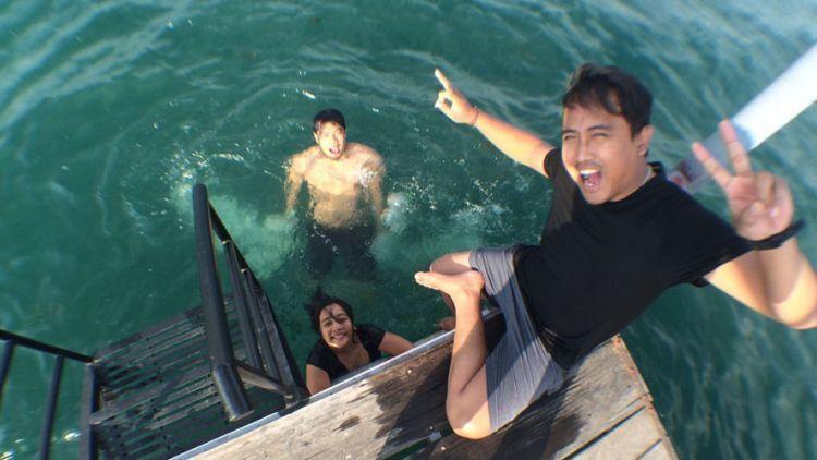 Nyebur ke Danau Toba