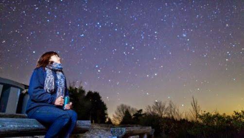 Melihat bintang saat mati lampu