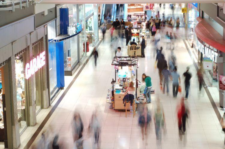 Ke shopping mall dan isinya itu-itu saja.